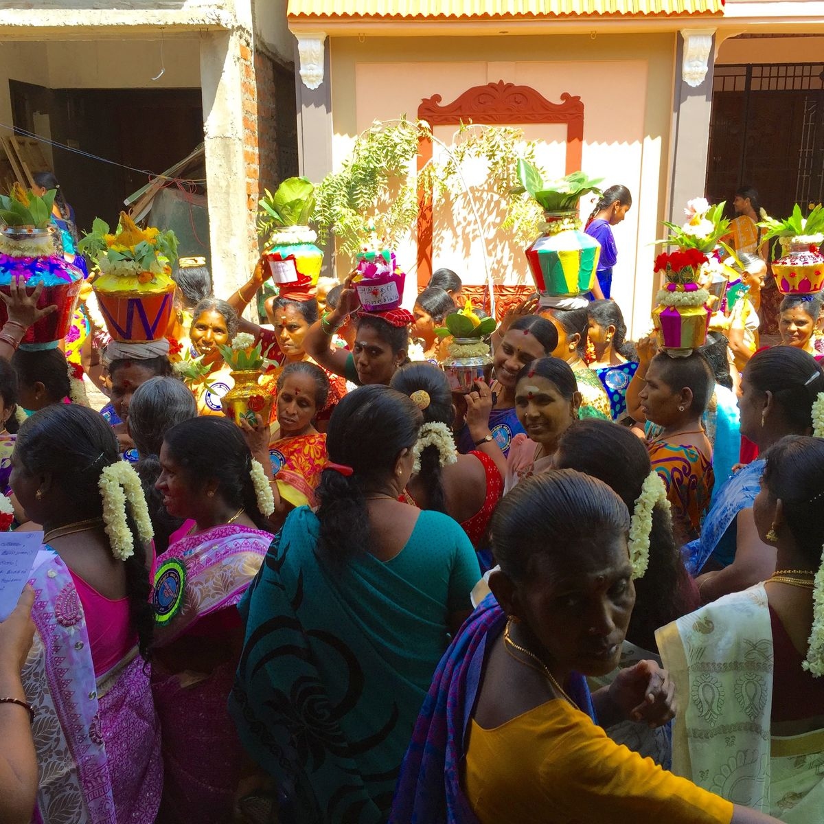 Women of Madurai marching through the streets to decry alcoholism