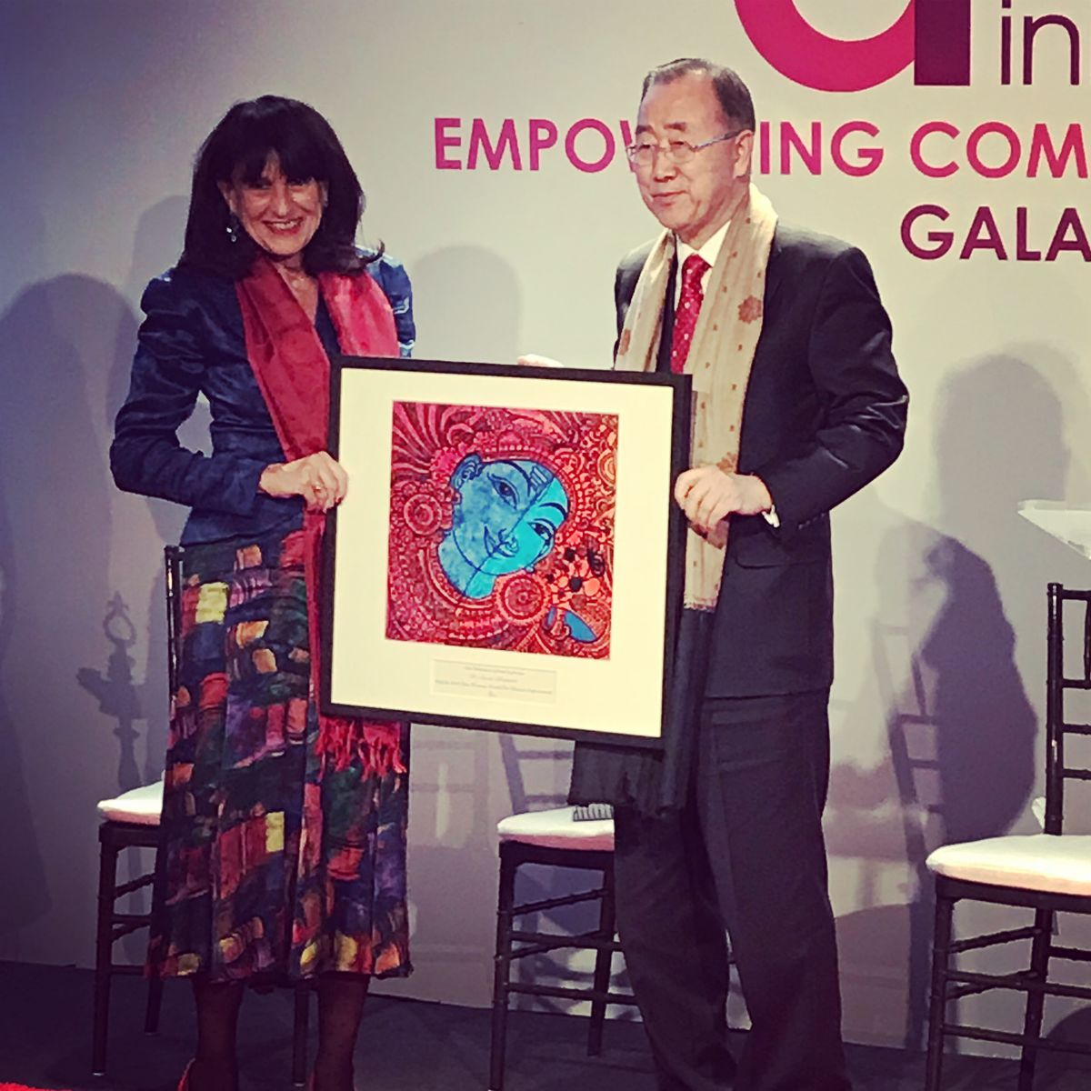 Dr. Susan Blaustein receives award from Asia Initiatives.