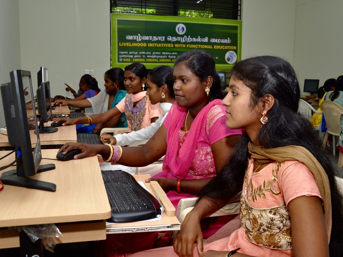 Girls and Women in Madurai at computer lab
